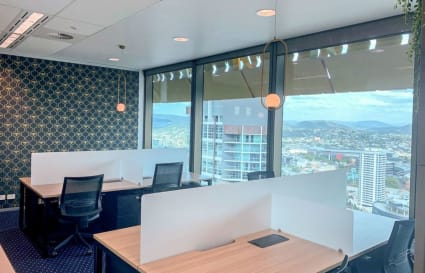Executive fully furnished 6-Person external office in Brisbane CBD