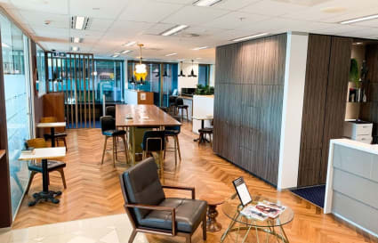 Executive fully furnished 4-Person external office in Brisbane CBD