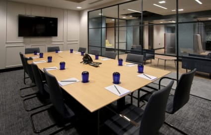68 Person standard private office in Giltspur Street
