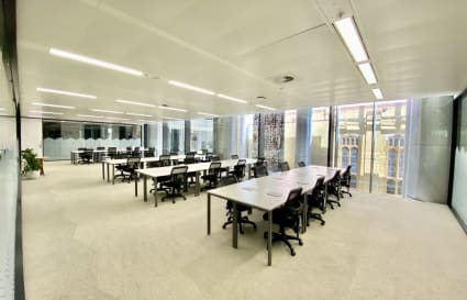 Private Office Space for up to 40 overlooking St Stephen's Church