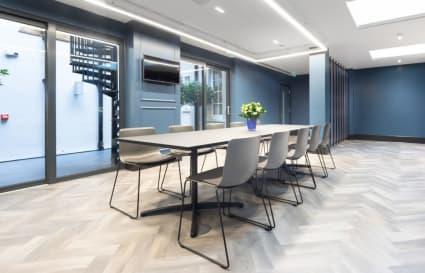 13 Person premium plus private office in Park Street