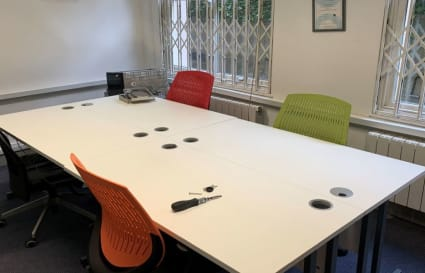 21 Person Office Available - 1,350 sq ft