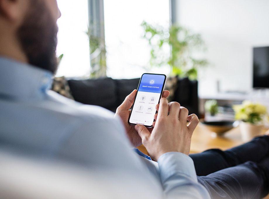 styre smarthus fra telefonen