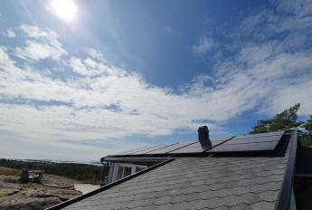 Solcelleanlegg med 18 paneler