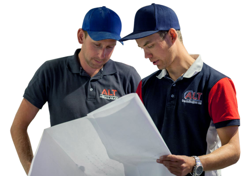To elektrikere fra ALT Installasjon