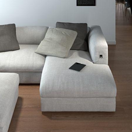 VersaHit MONO med 2 USB i sofa