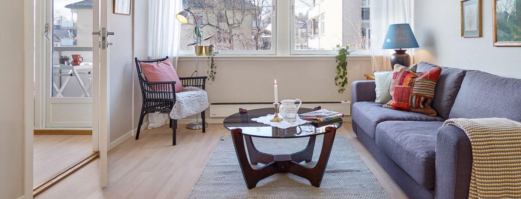 Pent møblert stue i en leilighet hos Gabels Park.