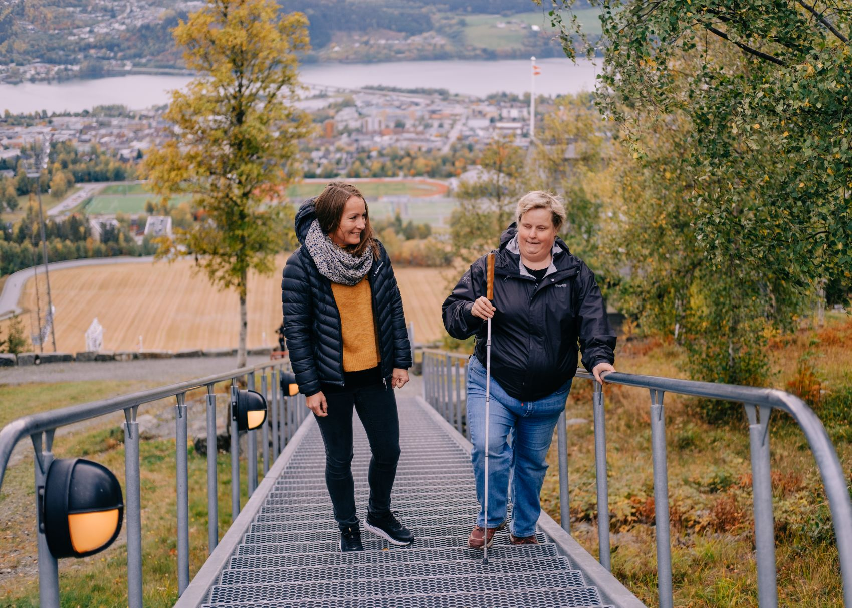 Tone Mathisen med assistent Ida Gundersen fra Stendi BPA