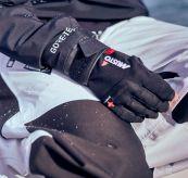 musto short finger glove sort miljøbilde