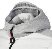 Evo Loft Hooded Jacket fra Musto i fargen platinum til herre. Produktbildet viser fronten av hette og området rundt hals/bryst