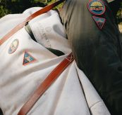 okavanga duffelbag beige 65 l miljøbilde
