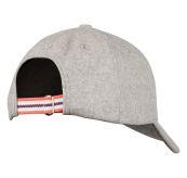 Wool caps fra Amundsen Sports i fargen light grey. Capsen er sett bakfra