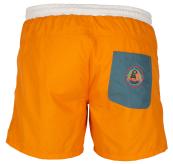 6 Incher Dipper shorts til herre fra amundsen sports i fargen golden pyre. produktbildet viser shortsen sett bakfra