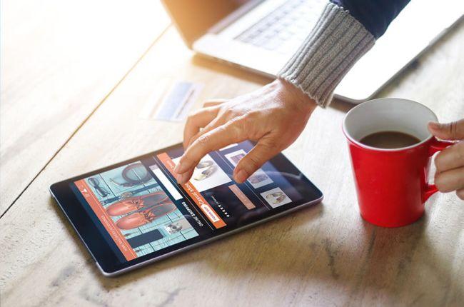 nettside på tablet