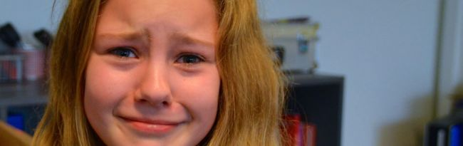 Jente som gråter