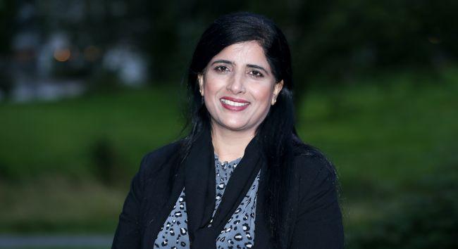 Portrettbilde av organisasjonsleder Nasreen Begum.