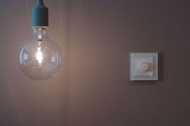 lampe og dimmer