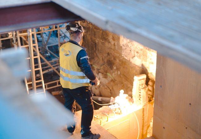 Eltera-elektriker jobber på prosjekt i oslo