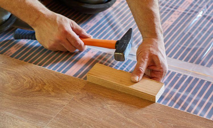 Varmefolie kan legges under brennbare gulvmaterialer