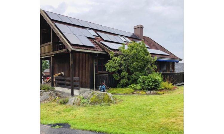 Solcelleanlegg 10kWp med 32 paneler
