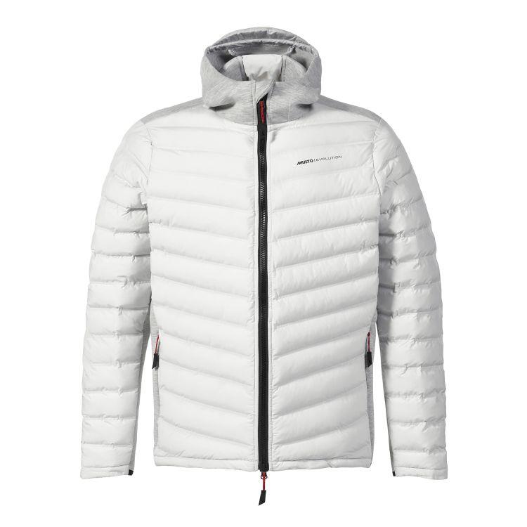 Evo Loft Hooded Jacket fra Musto i fargen platinum til herre. Produktbildet viser jakken sett forfra