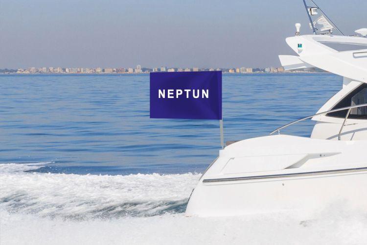 båtflagg med tekst - på båtstang