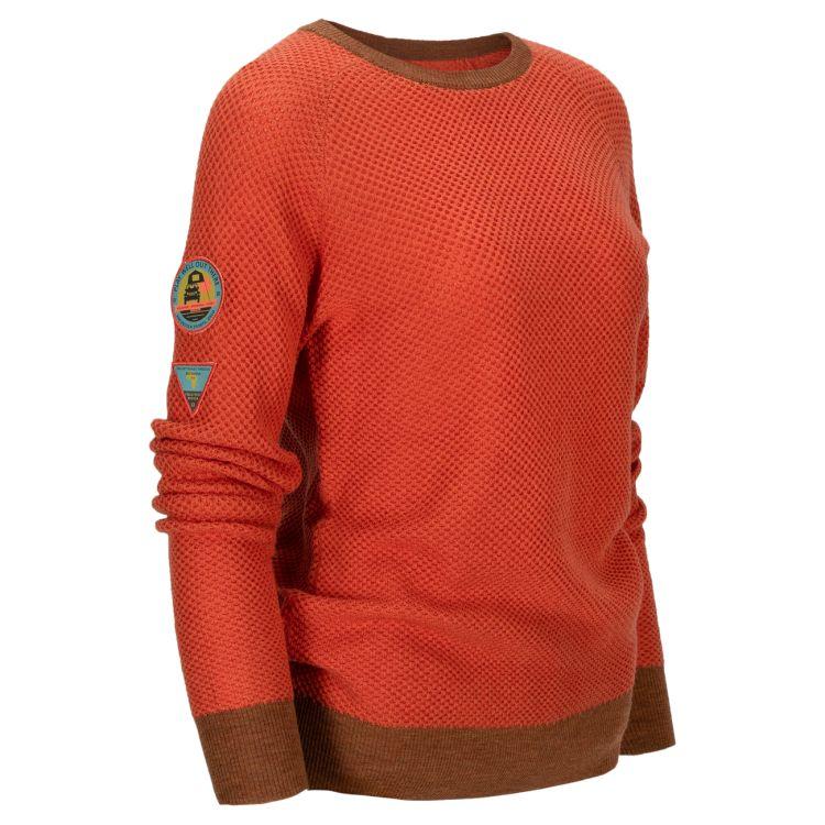 Drifter Sweater til dame fra Amundsen Sports i fargen orange sunset. Produktbildet viser genseren sett skrått forfra