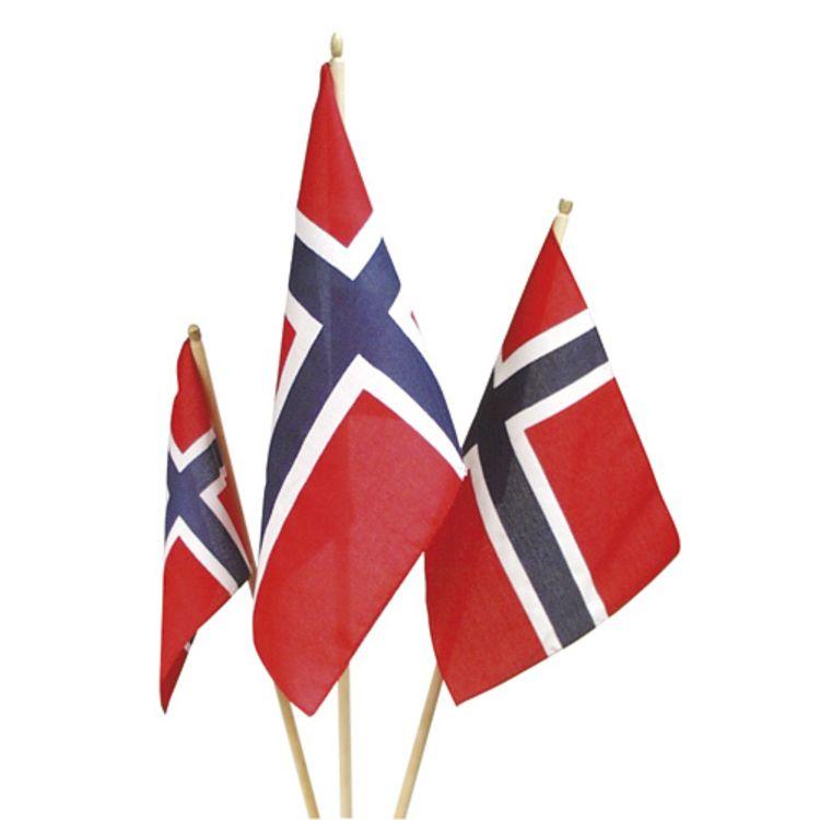 17maiflagg på pinne