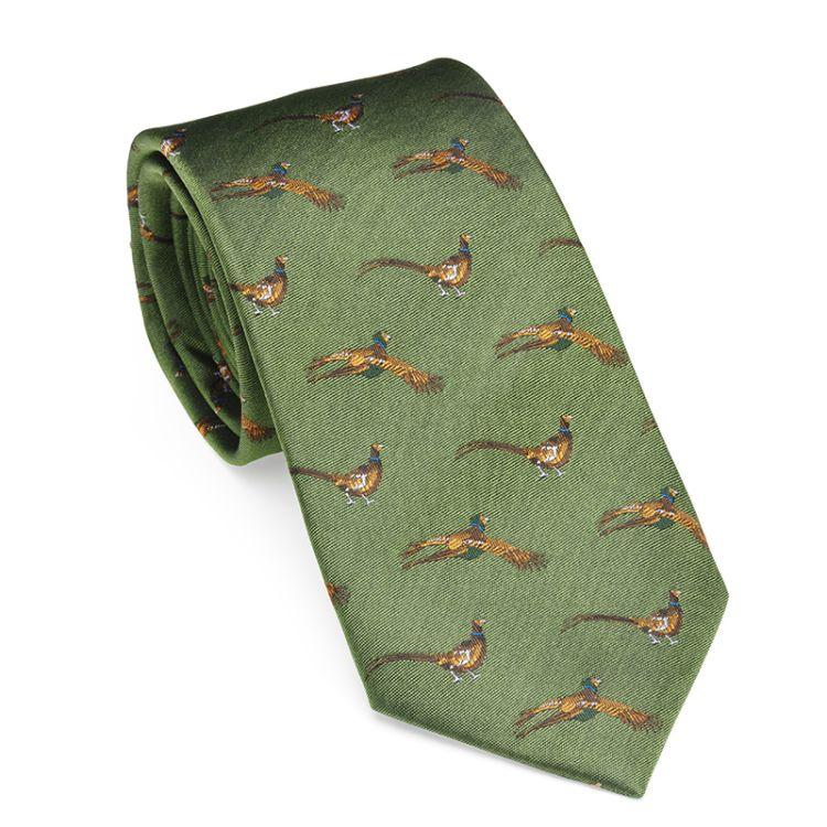 Flying pheasant tie fra Laksen i fargen ivy green. Produktbilde sett forfra