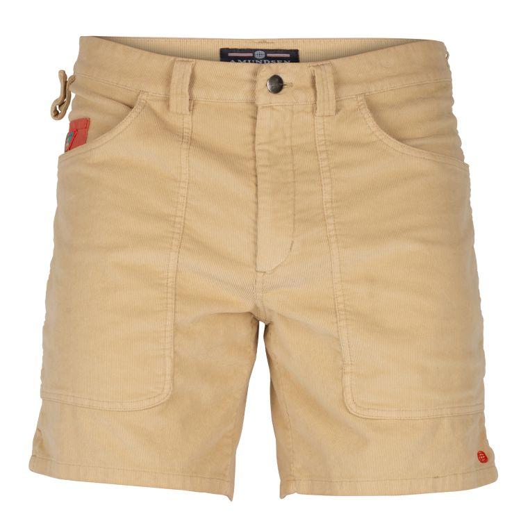 7 incher concord shorts garment dyed fra amundsen sports til herre. i fargen desert. produktbildet viser shortsen sett forfra