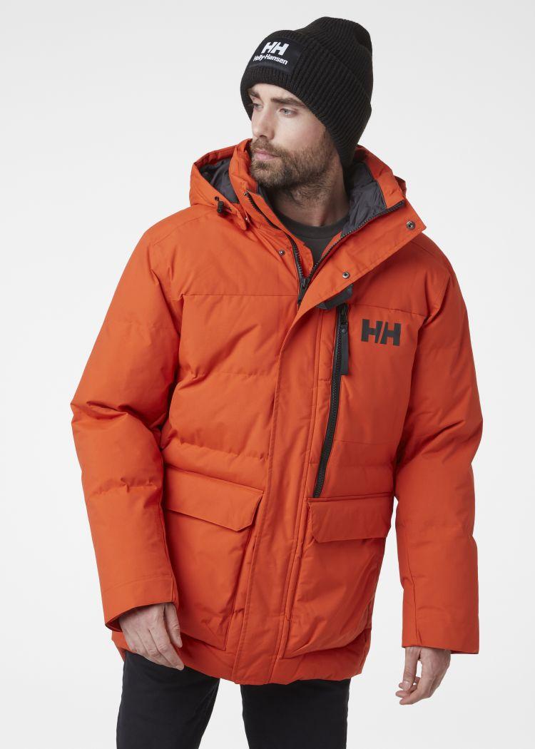 Tromsoe Jacket fra Helly Hansen til herre i fargen patrol orange. Produktet ses på modell