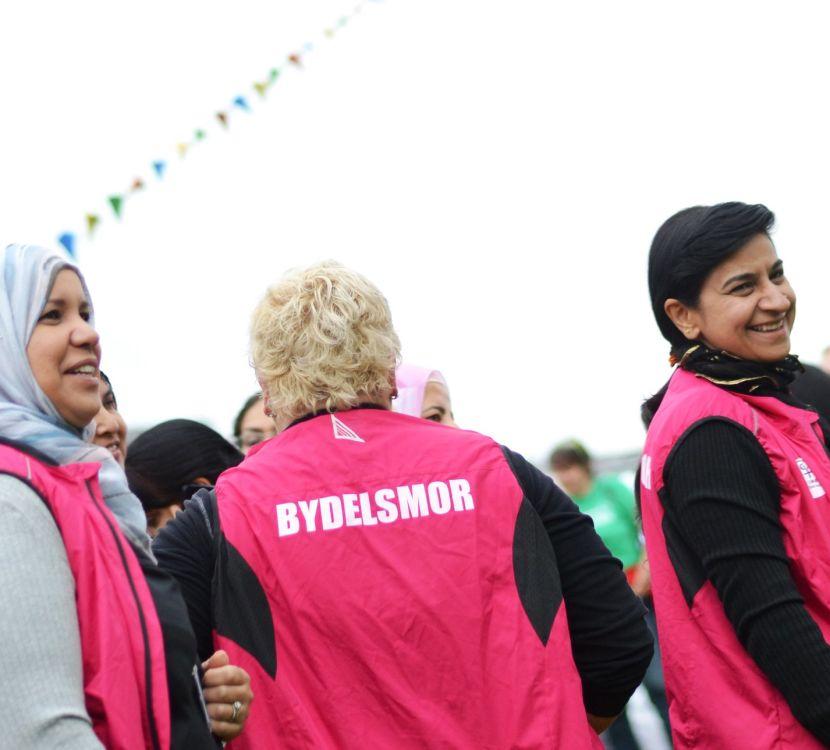 Flere norske kommuner tar i bruk Bydelsmødre-metoden i dugnaden mot korona