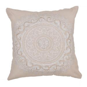 Jaipur Living Inspired By Jennifer Adams Pillow Jen07 Jai11 Oatmeal
