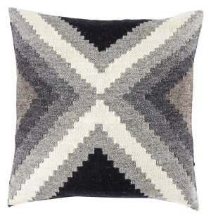 Jaipur Living Peykan Pillow Terzan Pey10 Turtledove - Bungee Cord