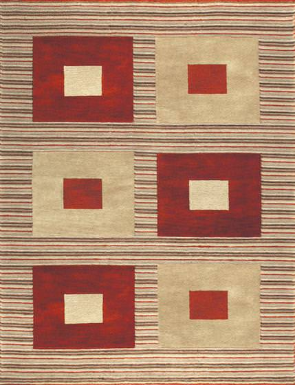 Rugstudio Famous Maker 39483 Red Gold Area Rug Last Chance 39483