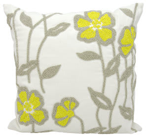 Nourison Outdoor Pillow E0938 White