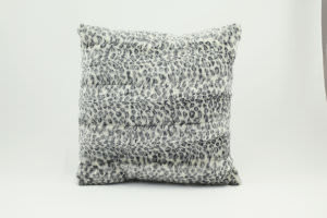 Nourison Pillows Fur N9450 Ivory Grey
