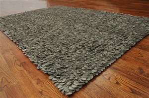 Safavieh Manhattan MAN415B Grey Area Rug