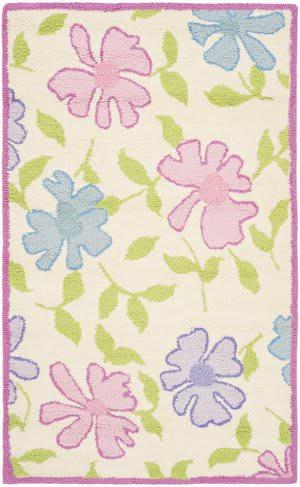 Safavieh Kids SFK376A Ivory / Pink Area Rug