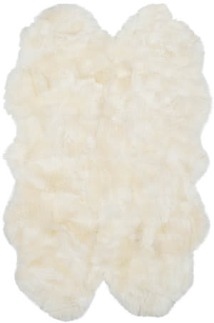 Safavieh Sheep Skin SHS211A White Area Rug