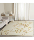Safavieh Soho SOH305B Ivory / Orange Area Rug