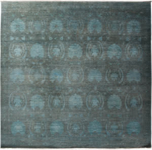 Solo Rugs Vibrance M1900-257  Area Rug