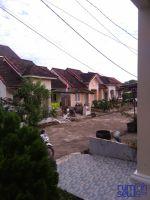 Dikontrakan Sebuah Rumah Hunian Keluarga Di Vila Gardena 4 Km.10 Palembang. Bebas Banjir. Strategis. -> Parkiran