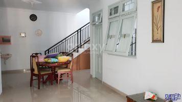 Rumah Full Bangunan Daerah Deltasari indah ->