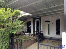 Disewakan Rumah Di Kawasan Elite Grand Residence Pondok Cabe ->