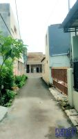 Dikontrakkan Rumah Tinggal Bertingkat Di Pondok Kelapa-duren Sawit -> Depan Jalan  Bisa Masuk Mobil