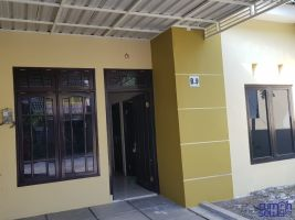 Di Sewakan Rumah Taman Gunung Anyar Blok B9 Surabaya ->