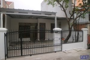 Disewakan rumah tidak berperabot di cakung Jakarta Timur -> Tampak Depan