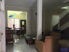 Rumah 2 Lantai Di Bogor Lakeside -> Ruang Tengah