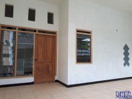 Disewakan Rumah Deltasari Indah - Baru Saja Renovasi -> Teras
